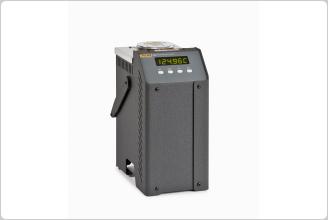 Fluke 6102 Micro-Bath Thermometer Calibrator